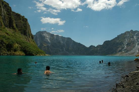 You Can Swim In The Crater Picture Of Mount Pinatubo