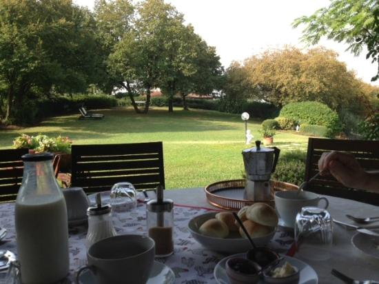 Bed and Breakfast Villa Beatrice: petit déj