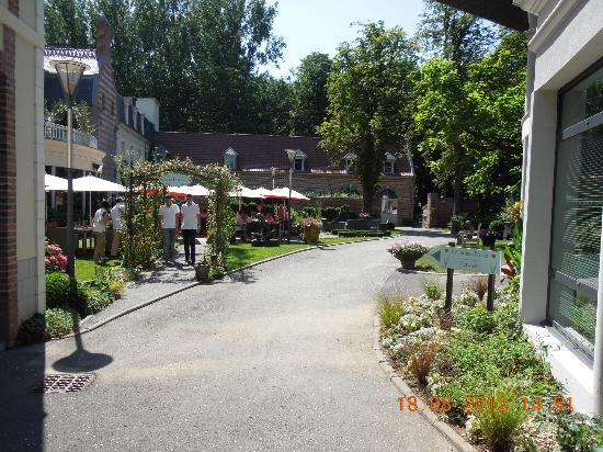 Le parc picture of le jardin d 39 alice busnes tripadvisor for Le jardin d alice