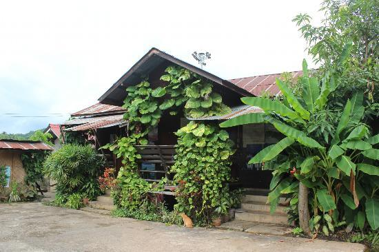 Photo of Johnnie House Mae Hong Son