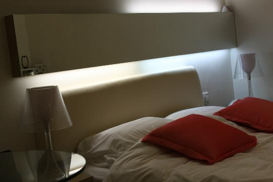 The Burlington Hotels Limited: Very small room