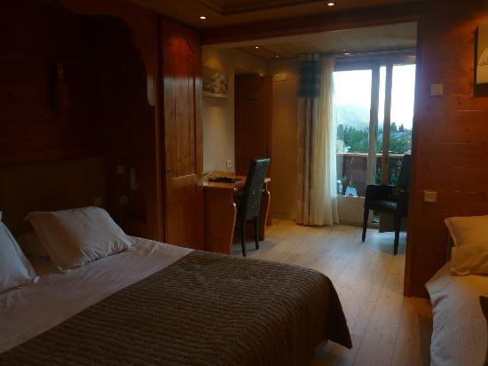 Chalet-Hotel Alpina: chambre standard pour 4