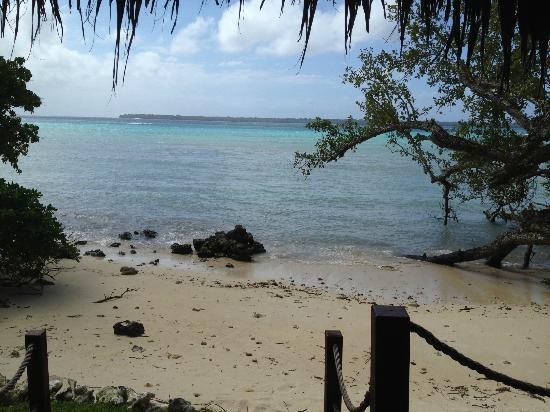 Lope Lope Lodge: Private beach of bungalow