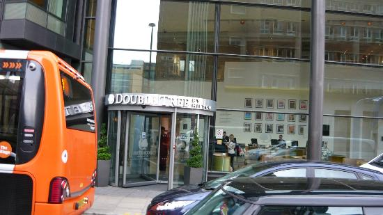 DoubleTree by Hilton Manchester Piccadilly: front of building from street