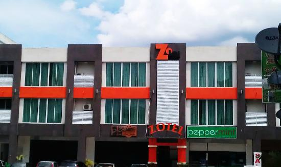 ‪Zotel Business & Leisure Hotel‬