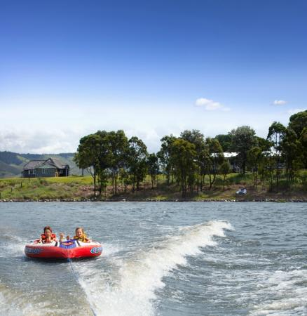 Lake Somerset Holiday Park: A watersport haven