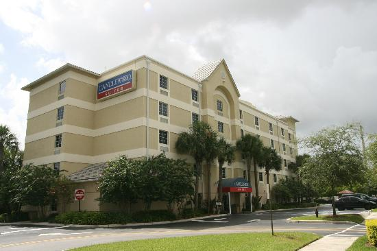 Candlewood Suites Ft. Lauderdale Air/Seaport: Our Hotel