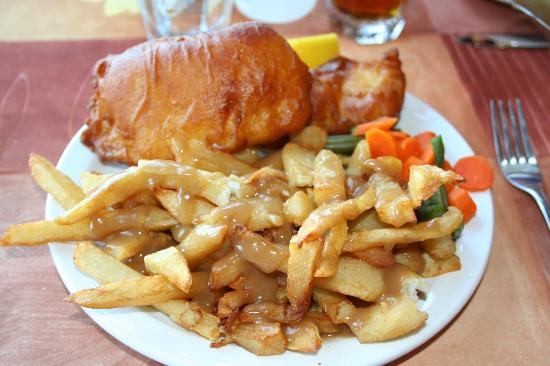 Red Mantle Lodge: yummy fish and chips
