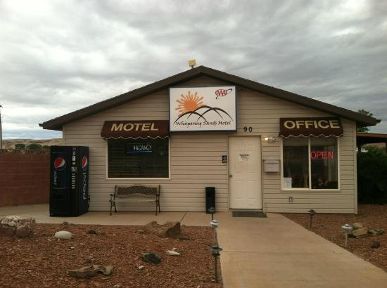 Whispering Sands Motel: Motel Office