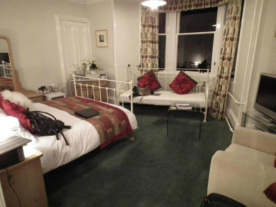 Trafford Bank Guest House: Our beautiful room