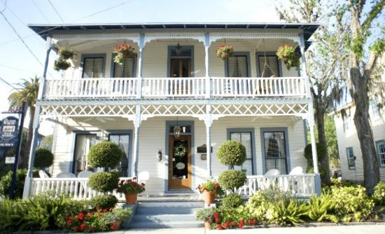 Carriage Way Bed and Breakfast
