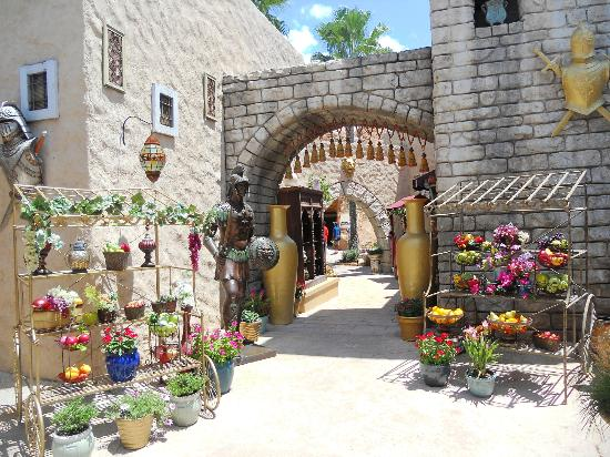 Holy Land Experience: A representation of the MARKET