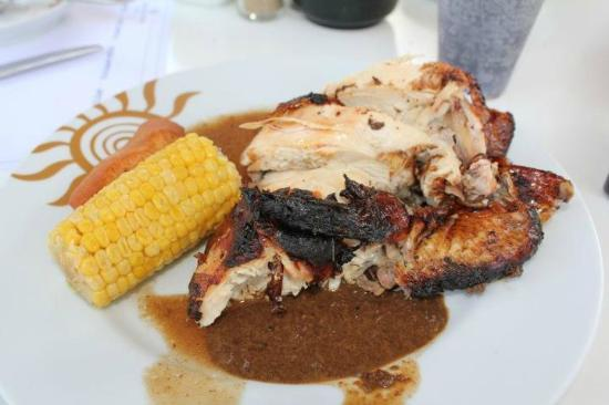 Runaway Bay, Jamaica: Jerk chicken