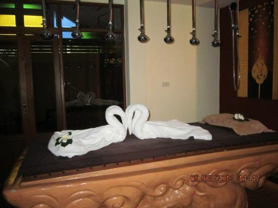 Khum Phaya Resort & Spa, Centara Boutique Collection: Spa( Body scrub bed with showers)