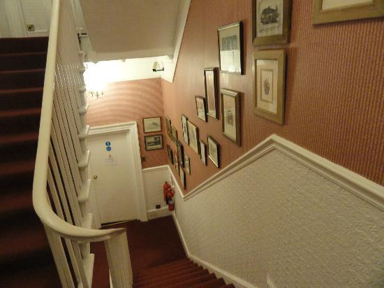 Garth Hotel: Going to my room in a lower floor