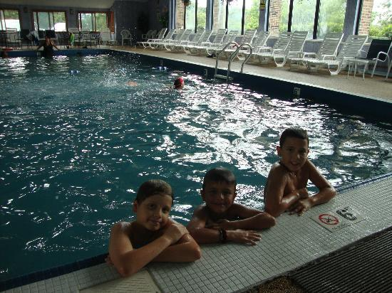 Mariner Motor Lodge : INDOOR POOL