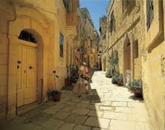 malta old alley houses - photo #48