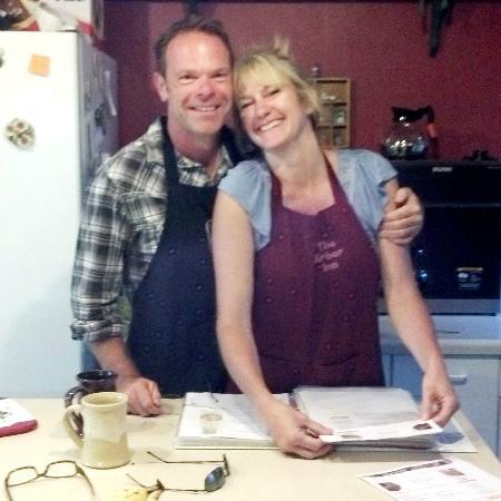 ‪‪The Arbor Inn‬: John & Deb - owners of The Arbor Inn