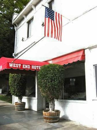 Photo of West End Hotel Los Angeles