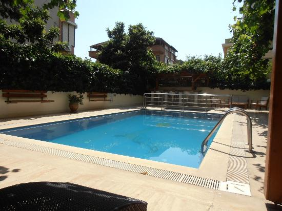 Beyaz Melek Hotel: Pool