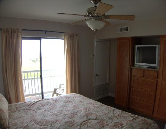 Kontiki Beach Resort: suite 324
