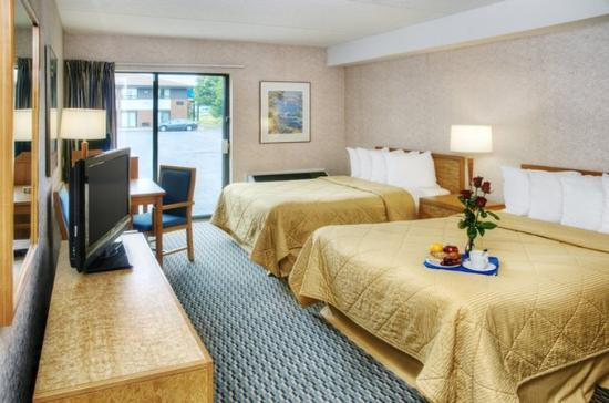 Comfort Inn Riviere-du-Loup: Comfort double room Drive-up