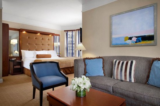 Hotel Chandler: Executive Suite Bedroom