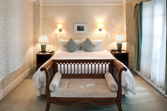 Roger Smith Hotel: Bedroom Of Deluxe Suite