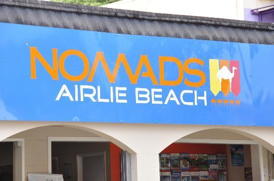 Nomads Airlie Beach Backpackers: Reception