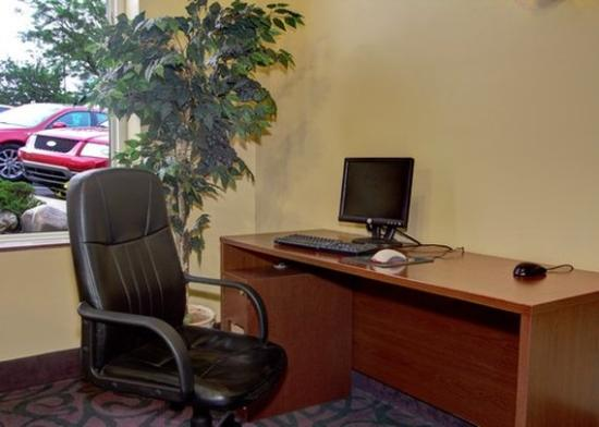 Quality Inn Wickliffe: OHBUSINESSCENTER