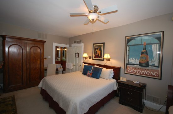 Aaron Shipman House Bed and Breakfast: Room Kind bed and Twin Bed