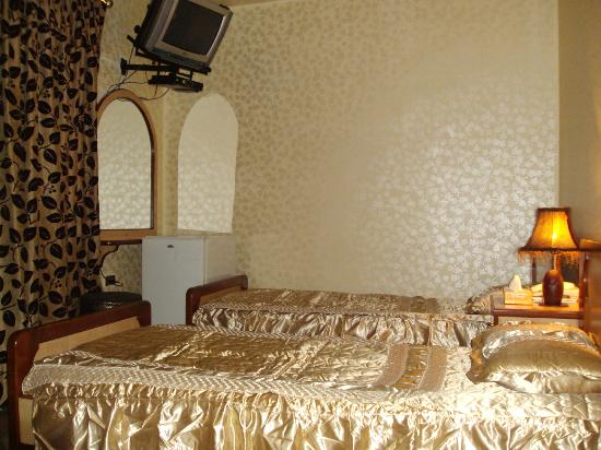 Double room picture of arab tower hotel burj al arab for Burj al arab hotel room rates
