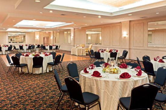 Holiday Inn Long Island-Islip Airport: Crystal Ballroom