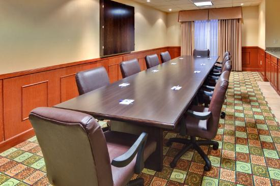 Holiday Inn Express Yuma AZ Mohave Boardroom