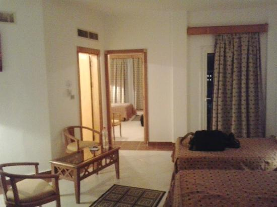 Blue Reef Red Sea Resort: sweet room