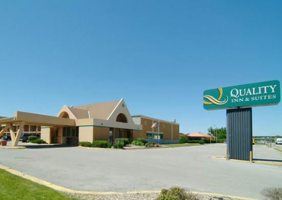 Quality Inn & Suites Council Bluffs
