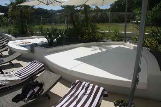 Hotel Sophia Country Club: Bed (payant) à la grande piscine
