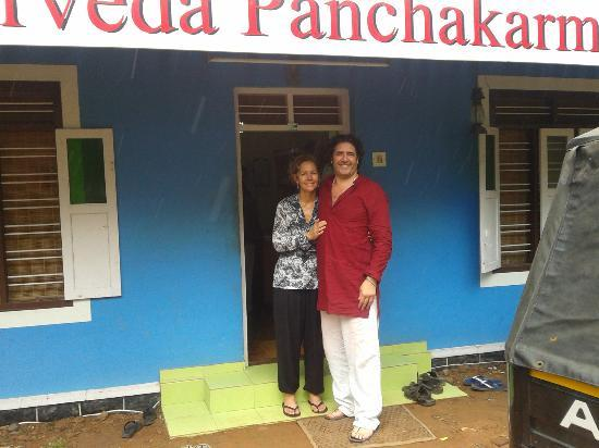 Sreekrishna Ayurveda Centre: Debi treloar and Daniel field from england