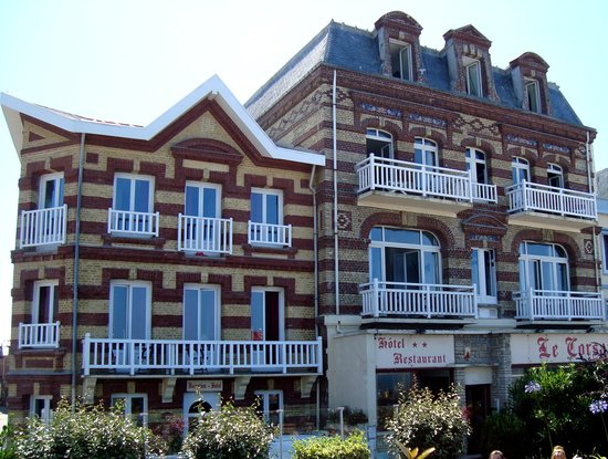 301 moved permanently for Hotels etretat