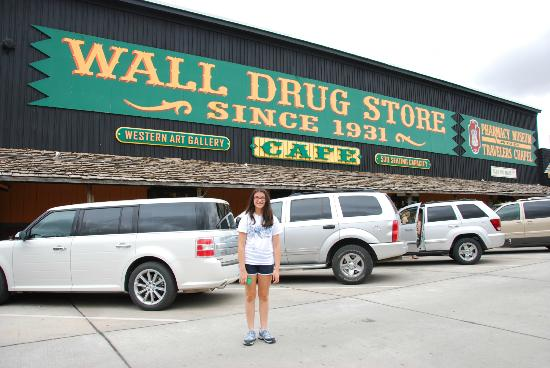 Wall (SD) United States  City new picture : Front of Wall Drug Picture of Wall, South Dakota TripAdvisor