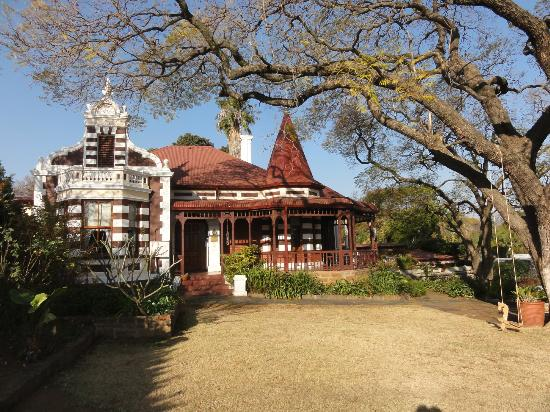 Melvin Residence Guest House: house built in 1890