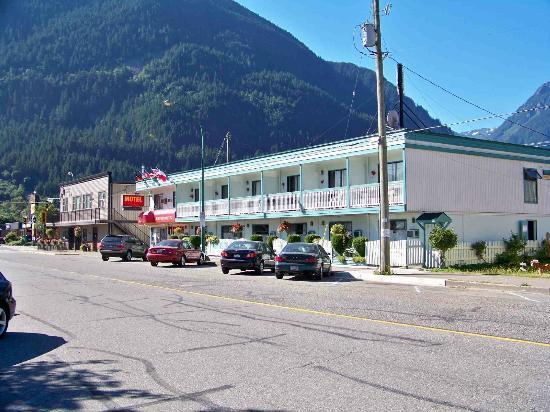 Windsor Motel: Front View