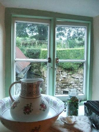 Easdon Cottage: View from bathroom