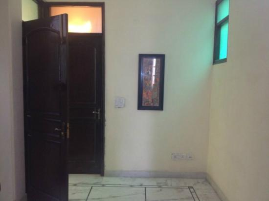Incredible Home Stay: Alley 2