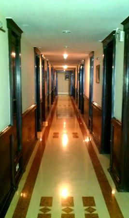 Hotel Madhuban Highlands: Rooms on both sides