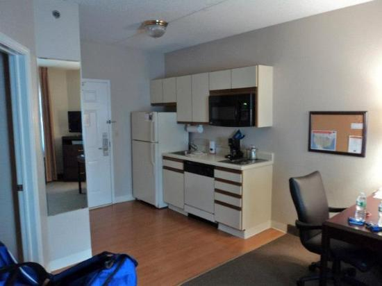 Candlewood Suites Syracuse: In Room Appliances