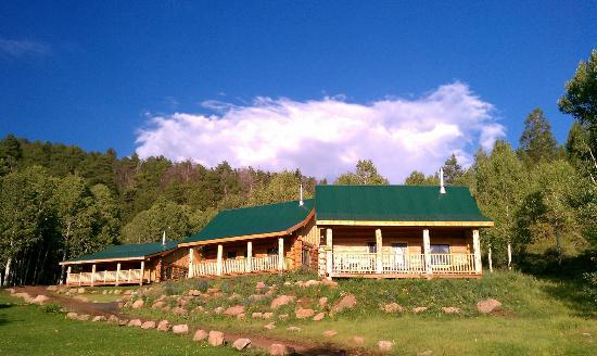 Black Mountain Ranch: The cabins