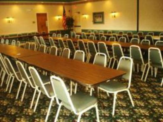 BEST WESTERN PLUS Inn at Hunt Ridge: Meeting Room