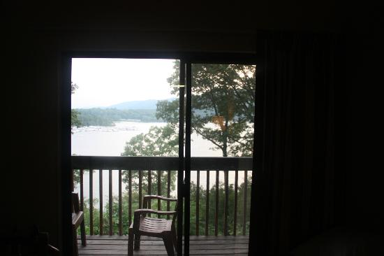Lake Raystown Resort and Lodge: Room 313 in the lodge- view
