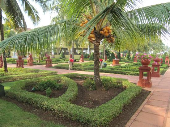 gardens picture of the lalit golf spa resort goa